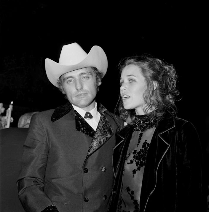 <p>Long before Britney Spears wowed us with her 55 hour marriage to Jason Alexander, actor Dennis Hopper and Mamas and the Papas singer Michelle Phillips were married for six short days. </p>