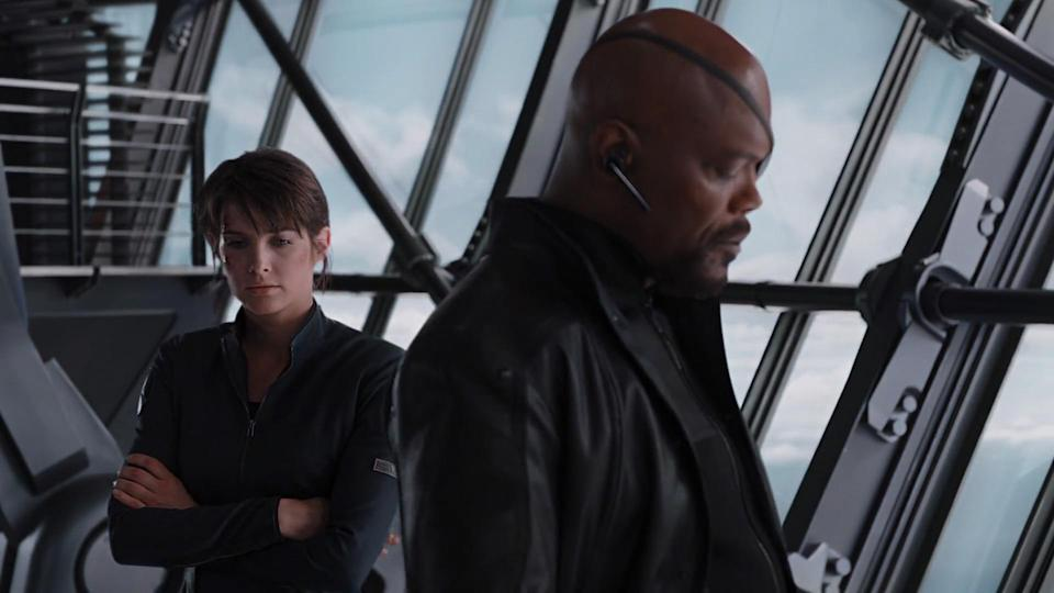 Maria (Cobie Smulders) and Fury (Samuel L. Jackson) in <i>Avengers</i> (Photo: Marvel Studios)