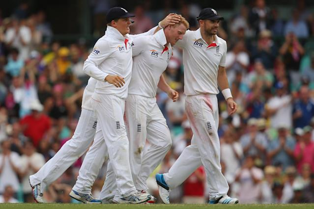 SYDNEY, AUSTRALIA - JANUARY 03: Ben Stokes of England celebrates with his team mates after taking the wicket of Nathan Lyon of Australia during day one of the Fifth Ashes Test match between Australia and England at Sydney Cricket Ground on January 3, 2014 in Sydney, Australia. (Photo by Mark Kolbe/Getty Images)