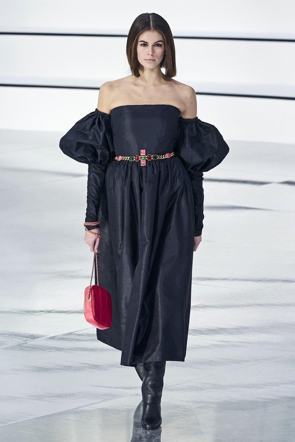 <p>These have been around for a while... and they're still trending, for 2020 and 2021 folks!</p><p><em>Chanel</em></p>