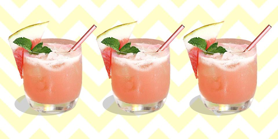 """<p>There's still time to get in a few last <a href=""""http://www.townandcountrymag.com/leisure/drinks/how-to/g827/summer-cocktail-recipes/"""" rel=""""nofollow noopener"""" target=""""_blank"""" data-ylk=""""slk:summer-inspired sips"""" class=""""link rapid-noclick-resp"""">summer-inspired sips</a> before the season ends. These chilly, boozy treats will send your summer out with a bang, and they'll look good in your Instagrams, to boot. </p>"""