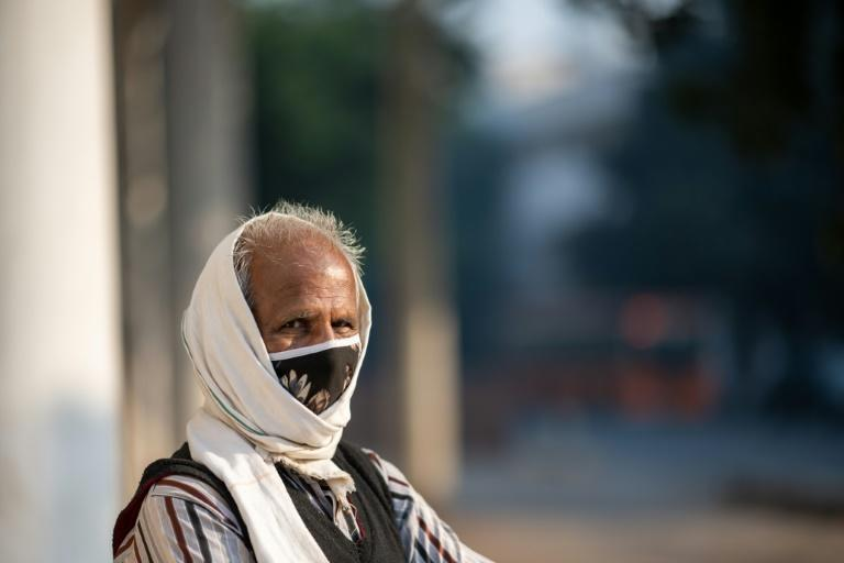 Although some are complying, authorities say that too few people are wearing facemasks in India, helping to spread the virus