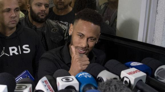 TOPSHOT-FBL-BRA-CRIME-ABUSE-ACCUSATION-NEYMAR