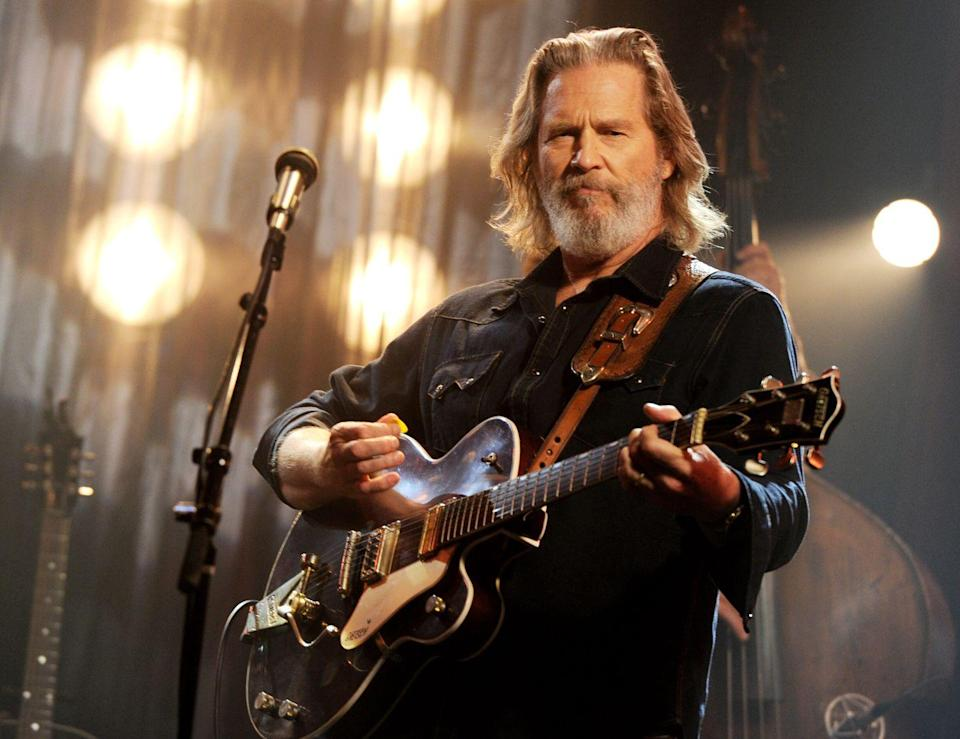 """<p>After winning an Oscar for playing a country singer in <em>Crazy Heart</em>, Jeff Bridges <a href=""""https://www.hollywoodreporter.com/news/jeff-bridges-album-what-critics-223178"""" rel=""""nofollow noopener"""" target=""""_blank"""" data-ylk=""""slk:enlisted the help of the film's music producer"""" class=""""link rapid-noclick-resp"""">enlisted the help of the film's music producer</a> to make his own album. Jeff released his <a href=""""https://open.spotify.com/album/1MCfiyX3fBdPZz0FcnllUu?si=FDc4qY-BTG-_2U_7_yxrbA"""" rel=""""nofollow noopener"""" target=""""_blank"""" data-ylk=""""slk:self-titled album"""" class=""""link rapid-noclick-resp"""">self-titled album</a> in 2011, two years after <em>Crazy Heart</em>'s premiere. In 2000, the country singer self-released an album called <em>Be Here Soon</em>.</p>"""
