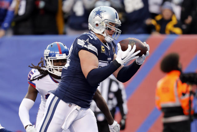 "Dallas Cowboys tight end Jason Witten reportedly plans to retire and join ESPN's ""Monday Night Football."" (AP)"