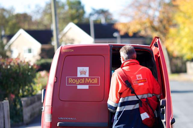 Government Royal Mail sell-off plans condemned
