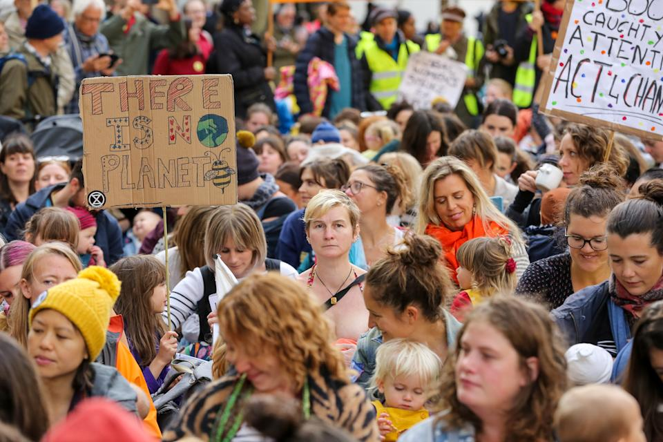 LONDON, UNITED KINGDOM - 2019/10/09: Mothers from the Extinction Rebellion movement with their babies breastfeeding in Westminster on day three of the Climate Change protest. The activists are calling on government departments to 'Tell the Truth' about what they are doing to tackle the Emergency. (Photo by Steve Taylor/SOPA Images/LightRocket via Getty Images)