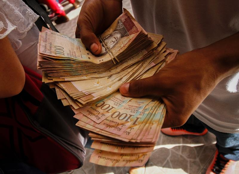 Inflation hit 180 percent last year in Venezuela and the IMF has forecast it at 720 percent this year (AFP Photo/Schneyder Mendoza)