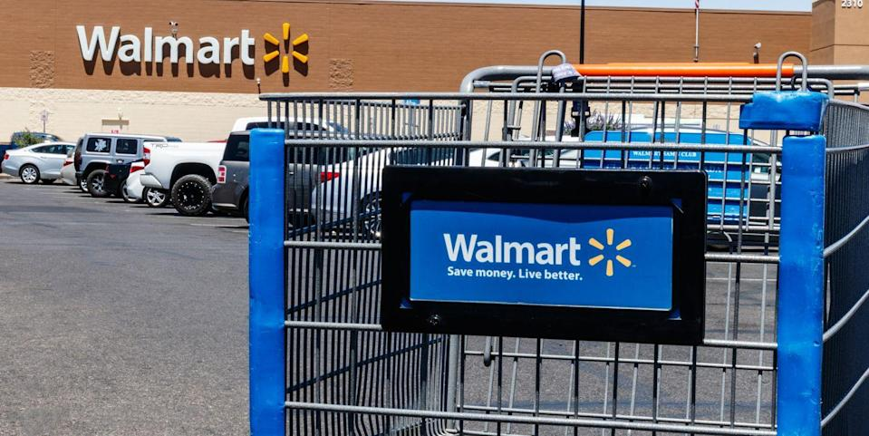 Major Grocery Stores Like Walmart and Target Will Be Closed on Thanksgiving This Year