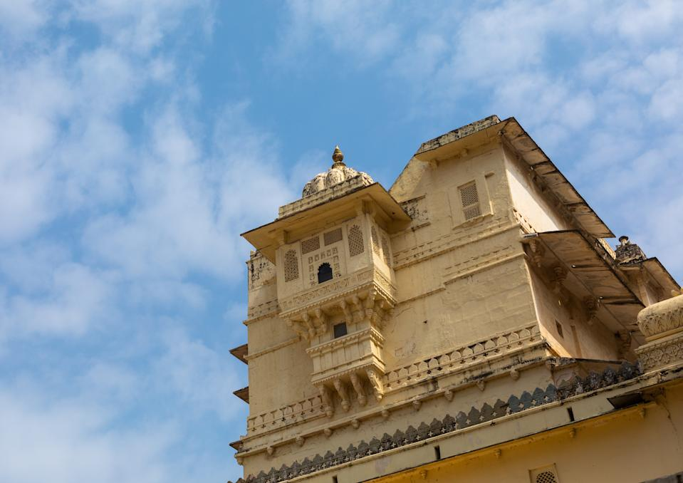 The City Palace was built concurrently with the establishment of the Udaipur city by Maharana Udai Singh II and his successor Maharanas over a period of the next 400 years. The Maharanas lived and administered their kingdom from this palace, thereby making the palace complex an important historic landmark.