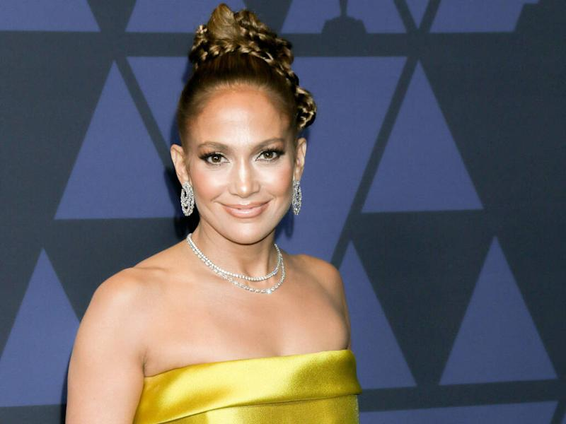 Jennifer Lopez feels a responsibility to always be her 'best self'