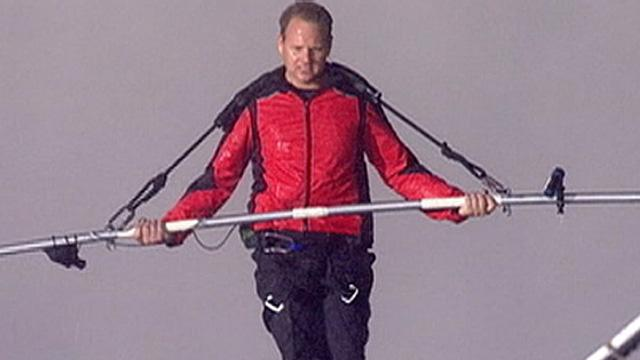 Niagara Falls High-Wire Walk: Nik Wallenda Crosses Falls, Fulfills Lifelong Dream