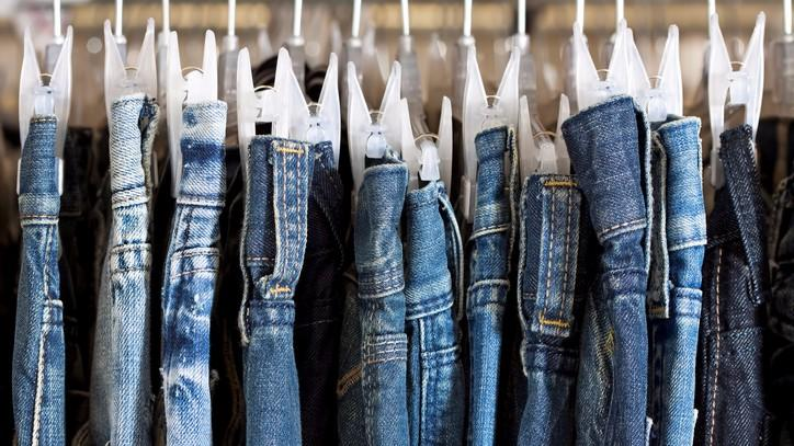 UP Bans Jeans & Tees For Teachers, Tells Them to Dress 'Modestly'