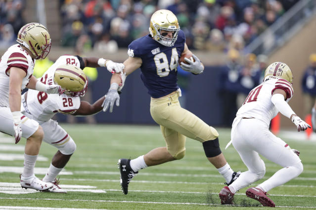 Notre Dame tight end Cole Kmet could be an early selection in the 2020 NFL draft if he declares. (AP Photo/Michael Conroy)