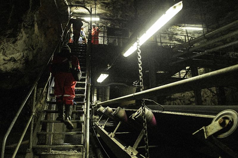 Africa mining stumbles, raising fears of job loss chaos