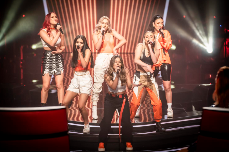 six members of G-Nat!on on The voice