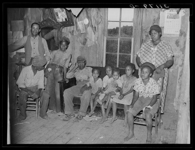A family of Missouri sharecroppers in 1938