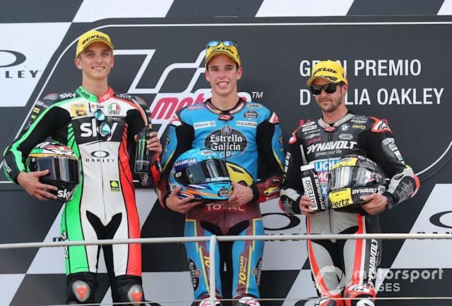 """Podio: Alex Marquez, Marc VDS Racing, Luca Marini, Sky Racing Team VR46, VD Straten, Thomas Luthi, Intact GP <span class=""""copyright"""">Gold and Goose / Motorsport Images</span>"""