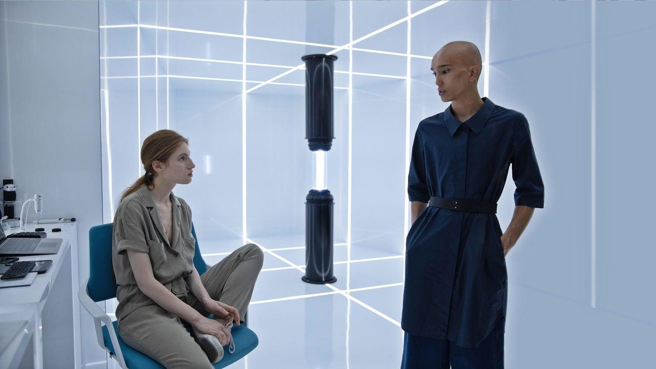 """<p>Set in near-future Paris, this French sci-fi series is basically an extended episode of <strong>Black Mirror</strong>, following the effects of a dating app - created by tech company Osmosis and run by brother-sister duo Paul and Esther - that matches people with their supposed soulmates based on an algorithm that uses brain data and personal memories. A second season has not yet been announced for this freaky series, but we're feeling pretty damn hopeful that we'll see one.</p> <p><a href=""""http://www.netflix.com/title/80189898"""" target=""""_blank"""" class=""""ga-track"""" data-ga-category=""""Related"""" data-ga-label=""""http://www.netflix.com/title/80189898"""" data-ga-action=""""In-Line Links"""">Watch <strong>Osmosis</strong> on Netflix</a>.</p>"""