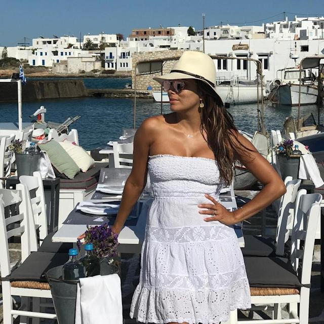 "Eva Longoria is on a getaway in Greece with her husband, but she can't get away from gossip about her body. (Photo: <a href=""https://www.instagram.com/p/BYs5Y27grSt/?hl=en&taken-by=evalongoria"" rel=""nofollow noopener"" target=""_blank"" data-ylk=""slk:Eva Longoria via Instagram"" class=""link rapid-noclick-resp"">Eva Longoria via Instagram</a>)"