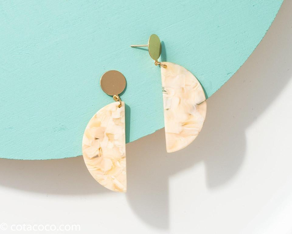 Cotacoco Acetate Crescent Earrings. (Photo: Cotacoco)