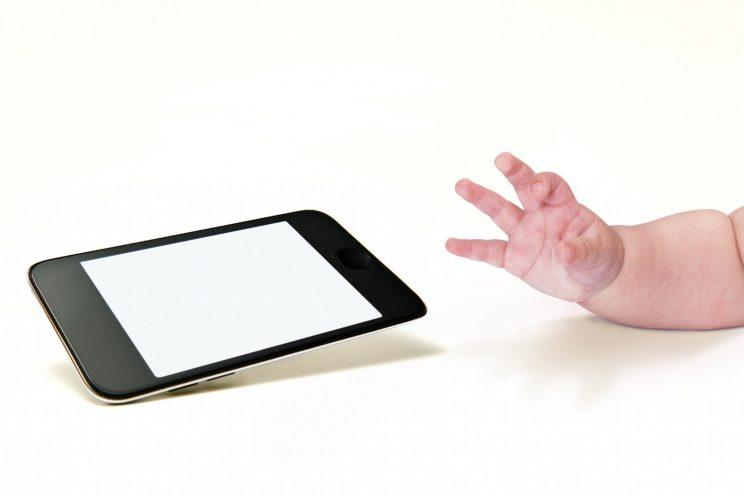 Would you set your baby up on social media? [Photo: Getty]