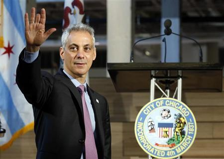 Mayor of Chicago Rahm Emanuel arrives at the public unveiling of Motorola Mobility global headquarters in Chicago