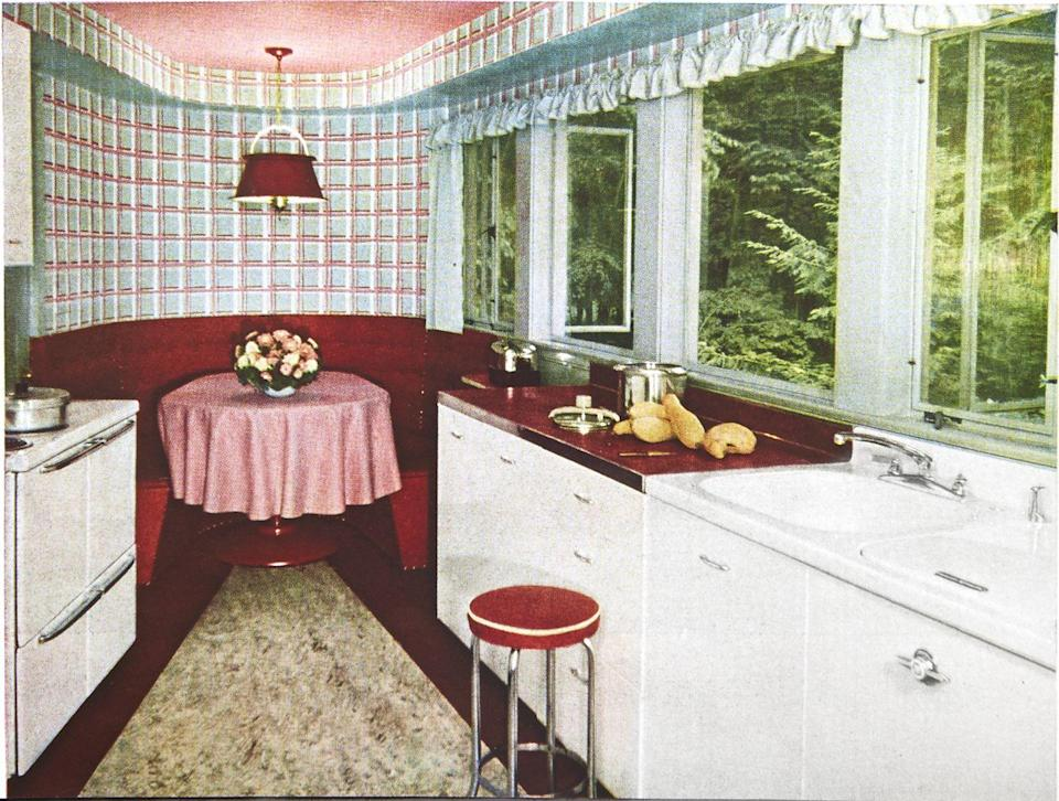 <p>Built-in dining nooks first hit our pages in 1920, but they weren't exactly comfy — think church pew – style benches. Fast-forward to 1949, and the nook had morphed into a comfortable banquette, ideal for casual family meals.</p>