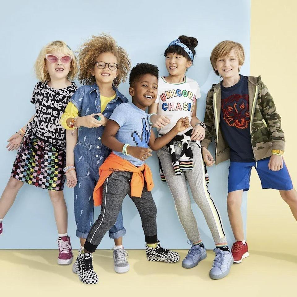"""<p><strong><em>Cost: </em></strong>$20 styling fee that's credited toward your purchase<br><strong><em>Who it's for:</em></strong> Kids<br><strong><em>What you'll get:</em></strong> 8 items to try on at home</p><p>Rockets of Awesome's clothing brings in the cool factor with sequins, bright colors, fun graphics, and more. The clothing is for boys and girls sizes 2T to 14, and we love that it's all machine washable despite the embellishments.</p><p>You can buy items <a href=""""https://go.redirectingat.com?id=74968X1596630&url=https%3A%2F%2Fwww.rocketsofawesome.com%2Fshop&sref=https%3A%2F%2Fwww.goodhousekeeping.com%2Fclothing%2Fg31156814%2Fbest-clothing-subscription-boxes%2F"""" rel=""""nofollow noopener"""" target=""""_blank"""" data-ylk=""""slk:directly from the website"""" class=""""link rapid-noclick-resp"""">directly from the website</a>, but the subscription box gives you eight hand-picked styles and you get 30% off if you keep everything. The box comes four times a year and you can see everything before it ships with the option to make changes.</p><p><a class=""""link rapid-noclick-resp"""" href=""""https://go.redirectingat.com?id=74968X1596630&url=https%3A%2F%2Fwww.rocketsofawesome.com%2Fsubscribe-and-save&sref=https%3A%2F%2Fwww.goodhousekeeping.com%2Fclothing%2Fg31156814%2Fbest-clothing-subscription-boxes%2F"""" rel=""""nofollow noopener"""" target=""""_blank"""" data-ylk=""""slk:SHOP NOW"""">SHOP NOW</a></p>"""