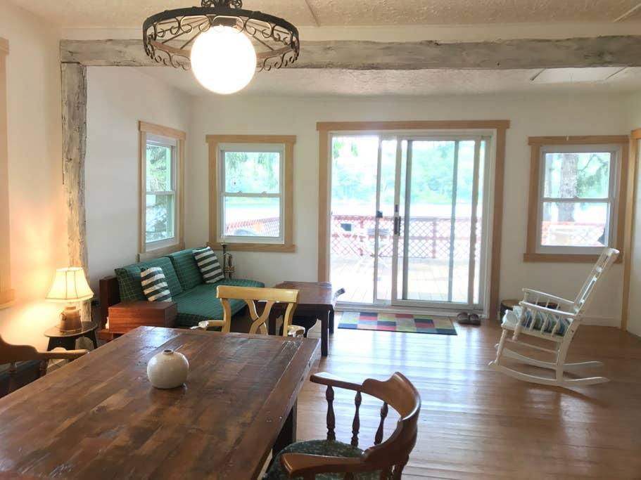 """<h2>Delaware Lake, NY</h2><br><strong>Location:</strong> Long Eddy, New York<br><strong>Sleeps:</strong> 5<br><strong>Price Per Night:</strong> $150<br><br>""""Our beautiful lakefront cabin offers stunning views from the large deck high above the water. Enjoy 3.6 acres of private land and over 200 feet of lakefront property. Canoe and rowboat included.""""<br><br><h3>Book <a href=""""https://airbnb.pvxt.net/2L43G"""" rel=""""nofollow noopener"""" target=""""_blank"""" data-ylk=""""slk:Secluded Cabin on Stunning 25-Acre Private Lake"""" class=""""link rapid-noclick-resp"""">Secluded Cabin on Stunning 25-Acre Private Lake</a></h3>"""