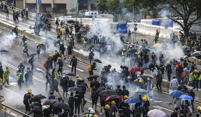 Recurring images of street violence, tear gas and political unrest have forced thousands of passengers to avoid travel to Hong Kong. Photo: Dickson Lee