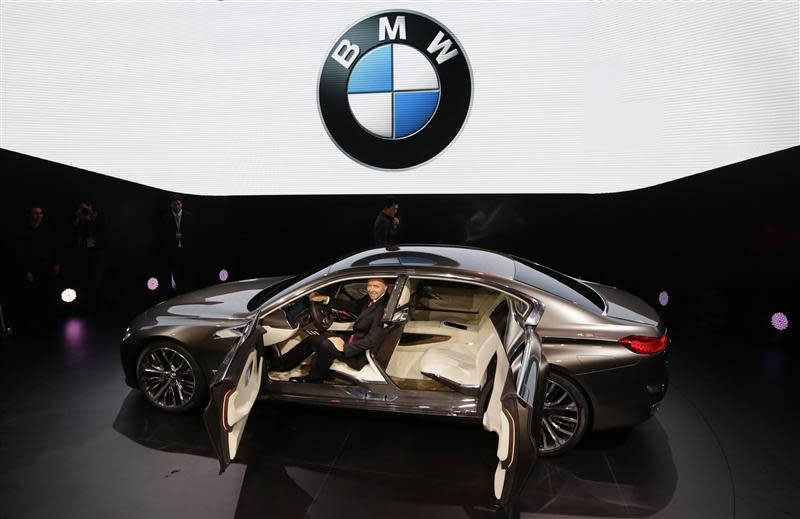 Mercedes Bmw Chase Ultra Rich Clients With New High End Cars