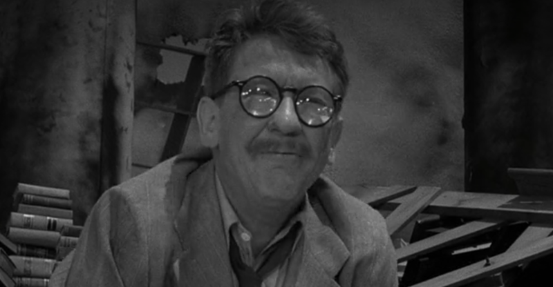 Burgess Meredith in the 'Time Enough at Last' episode of 'The Twilight Zone' (Photo: CBS/Netflix)