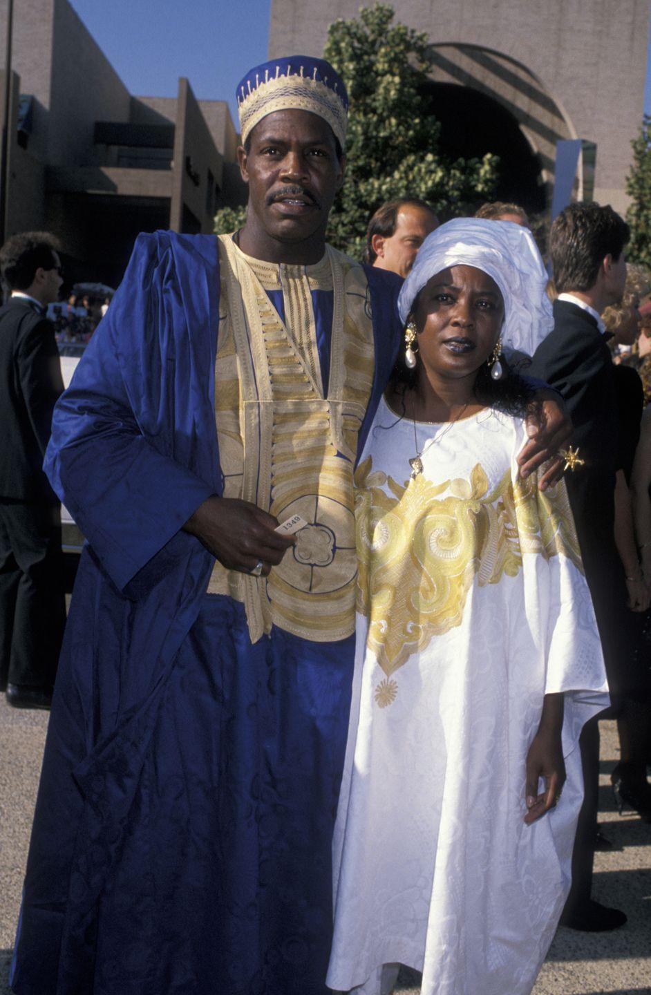 <p>Wearing traditional clothing, Danny Glover and his wife brought surprising and stunning looks to the red carpet.</p>