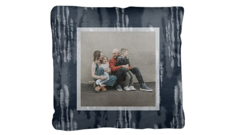 Customize this pillow with their favorite photo. (Photo: Shutterfly)