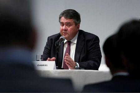 Sigmar Gabriel, Germany's Minister of Economic Affairs and Energy, speaks during a news conference at the 15th Asia-Pacific Conference of German Business in Hong Kong, China November 4, 2016. REUTERS/Bobby Yip