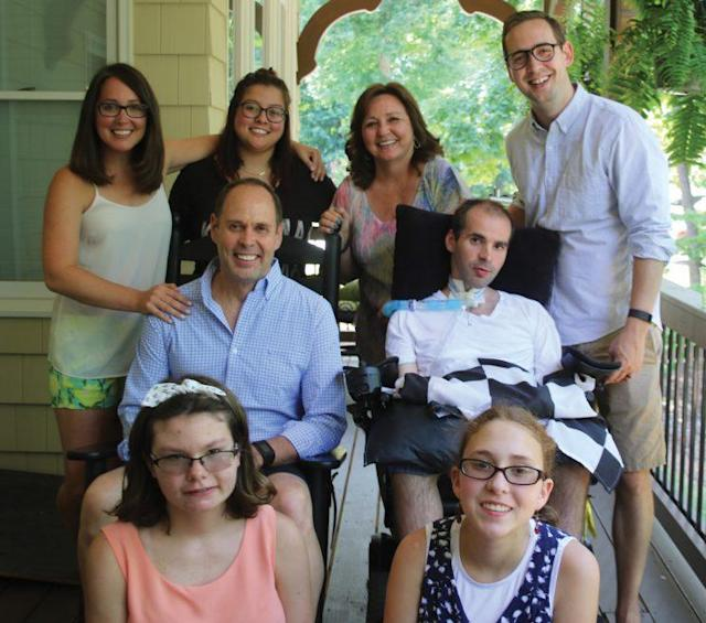 Ernie Johnson, his wife Cheryl and their six children pose on Father's Day, 2016. <br>(Courtesy ofErnie Johnson)