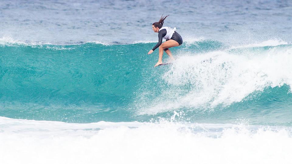 Lucy Small, pictured here in action at the Longboard Classic Galicia in 2019.