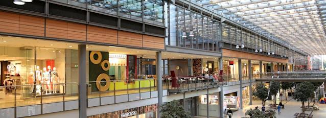 Are Investors Undervaluing Marks And Spencer Group Plc Lon Mks By 35