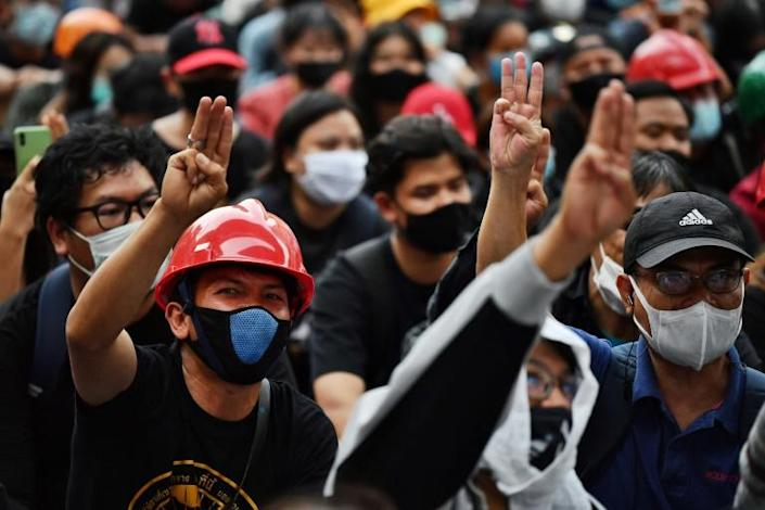 Thai royalists accuse pro-democracy protestors of seeking the overthrow of the revered monarcy