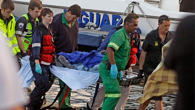 3 Women Survive in Air Pockets Under Capsized Boat