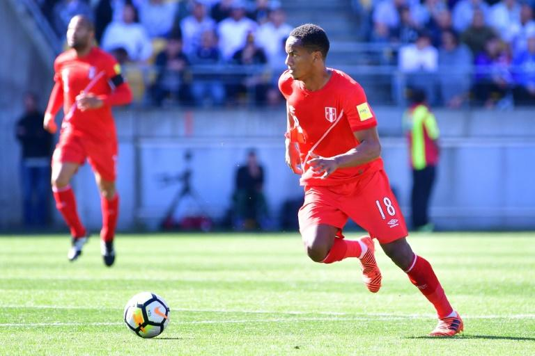 Peru's Andre Carrillo controls the ball during their FIFA 2018 World Cup qualifying first leg match against New Zealand, at Westpac Stadium in Wellington, on November 11, 2017