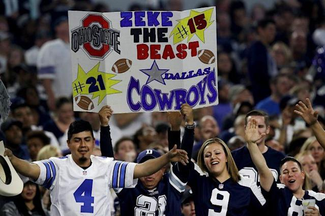 Cowboys fans are among the best in the NFL, like it or not. (Getty)