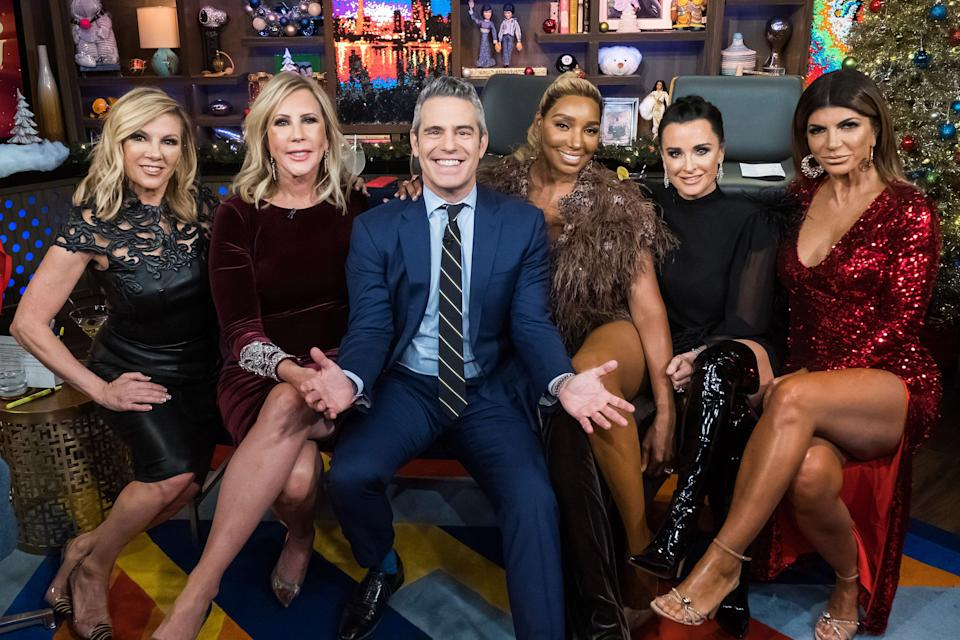 "Ramona Singer, Vicki Gunvalson, Andy Cohen, NeNe Leakes, Kyle Richards and Teresa Giudice pictured together during a ""Watch What Happens Live with Andy Cohen"" special.  (Photo: Bravo via Getty Images)"