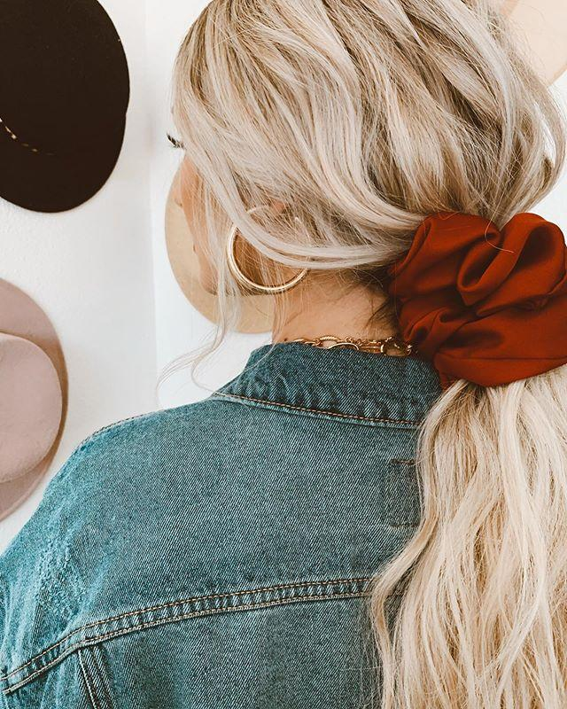"""<p>You didn't really think scrunches were over, did you? The party's just getting started! There's really no better way to quickly and <strong>easily improve a basic ponytail than with a <a href=""""https://go.redirectingat.com?id=74968X1596630&url=https%3A%2F%2Fwww.selfridges.com%2FUS%2Fen%2Fcat%2Froop-mellisa-oversized-satin-scrunchie_R03639220%2F&sref=https%3A%2F%2Fwww.cosmopolitan.com%2Fstyle-beauty%2Fbeauty%2Fg33523650%2Fwinter-2020-hair-trends%2F"""" rel=""""nofollow noopener"""" target=""""_blank"""" data-ylk=""""slk:scrunchie"""" class=""""link rapid-noclick-resp"""">scrunchie</a></strong>, so keep one on your wrist for whenever you need it. You'll be glad to have one handy with the winter winds pick up, trust.</p><p><a href=""""https://www.instagram.com/p/B_yAMiqn1KC/?utm_source=ig_embed&utm_campaign=loading"""" rel=""""nofollow noopener"""" target=""""_blank"""" data-ylk=""""slk:See the original post on Instagram"""" class=""""link rapid-noclick-resp"""">See the original post on Instagram</a></p>"""