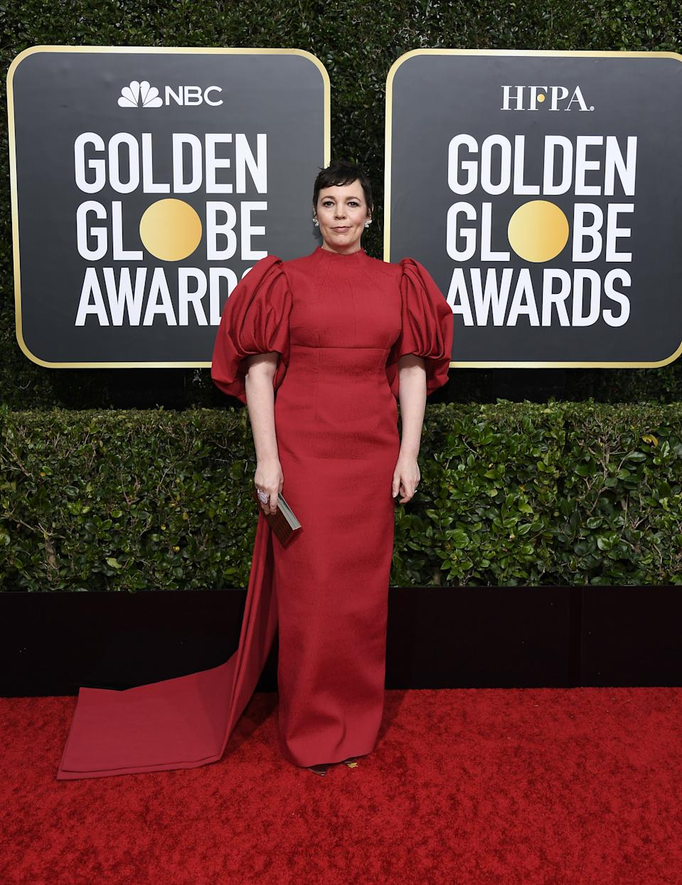 "<h1 class=""title"">Olivia Colman in Emilia Wickstead and Chopard jewelry</h1><cite class=""credit"">Photo: Getty Images</cite>"