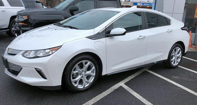 The Chevy Volt looks awesome, even in a dealership parking lot in winter.