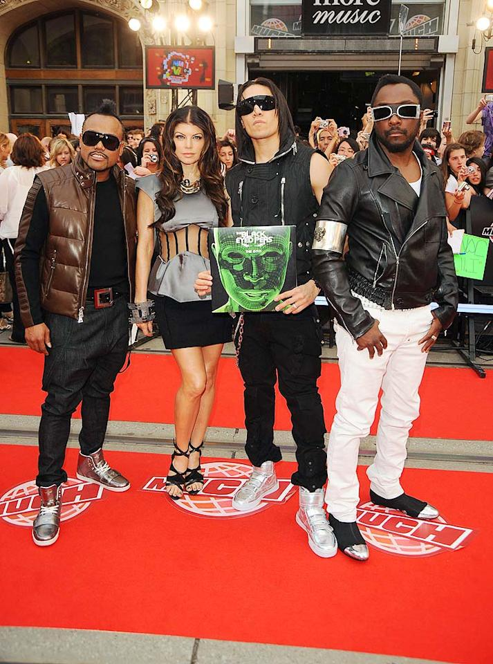 """The Black Eyed Peas may have performed and won an award at the show, but the big news was that their manager allegedly gave Perez Hilton a black eye at an afterparty. George Pimentel/<a href=""""http://www.wireimage.com"""" target=""""new"""">WireImage.com</a> - June 21, 2009"""