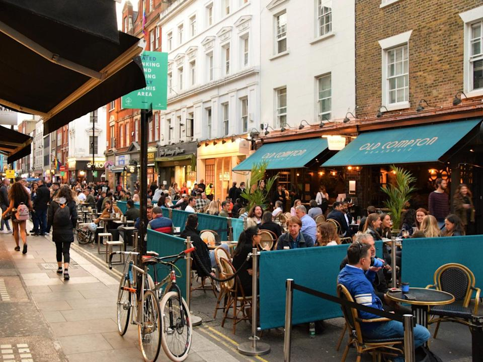 Outdoor dining in Soho, London (Getty Images)
