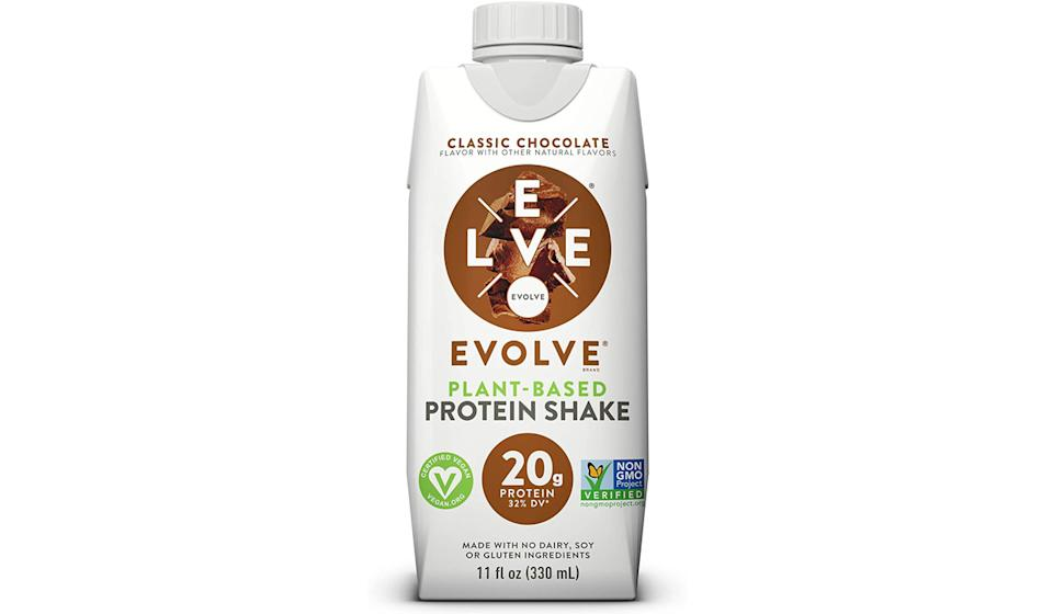 Evolve Protein Shake- Classic Chocolate, 12 count (Photo: Amazon)